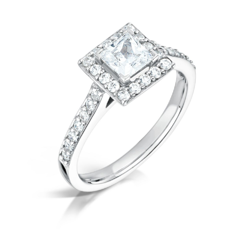 GIA Certified G VS Diamond cluster ring, Platinum. Princess cut centre stone - 0.75carat